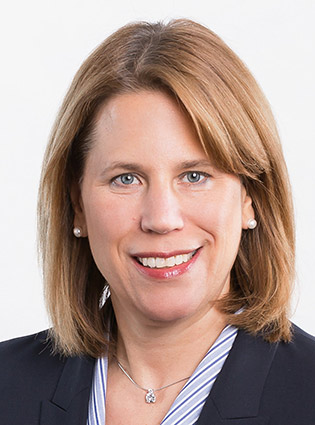 Birgit Böhm - Inhaberin High School Compass
